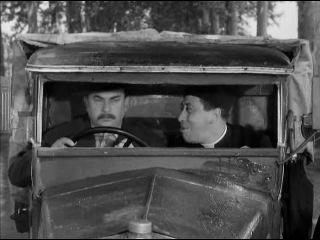 ������� ����� ���� ������� / Don Camillo e l'on. Peppone
